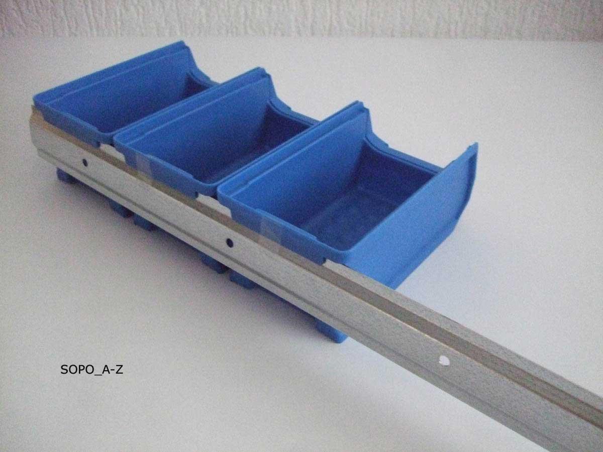 sichtlagerboxen gr 2 blau 42 st ck mit 7 wandschienen stapelboxen. Black Bedroom Furniture Sets. Home Design Ideas